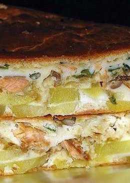 Рыбный заливной пирог с картошкой на сметане