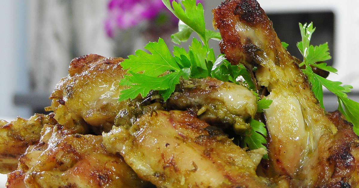 Имбирные куриные крылышки в соусе с зеленым луком - 2 пошаговых рецепта с фото