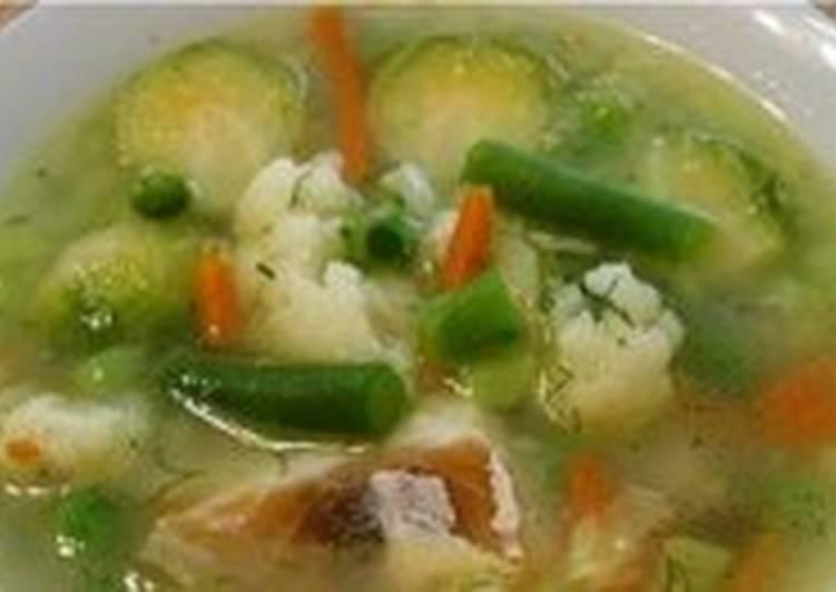 Овощной постный суп с рыбой