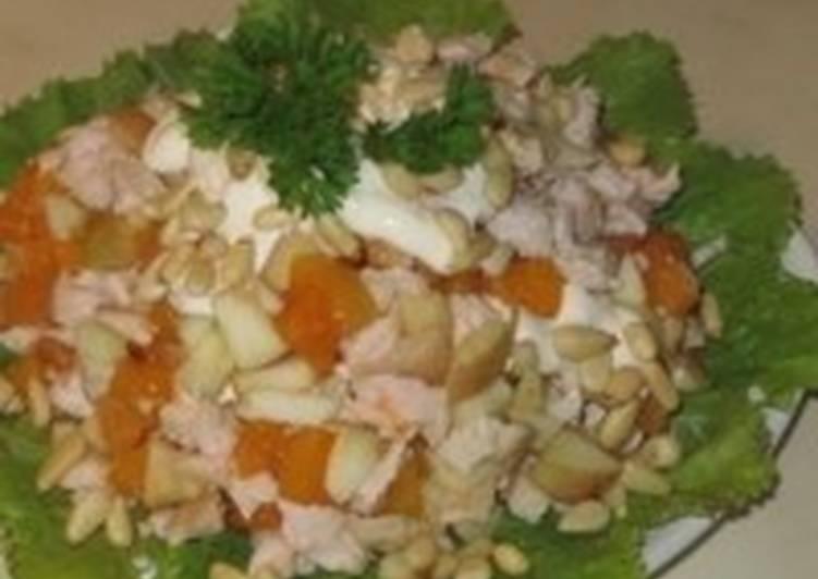 Салат новогодний «Пудель» с абрикосами