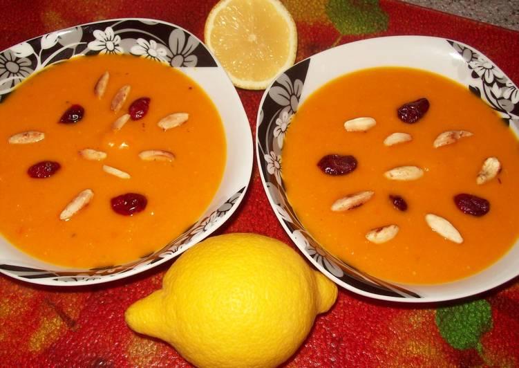 *Нежный тыквенный суп-пюре*