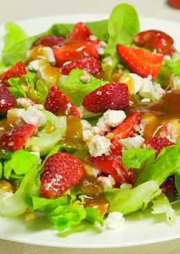 Летний салат с клубникой#чемпионатмира #франция