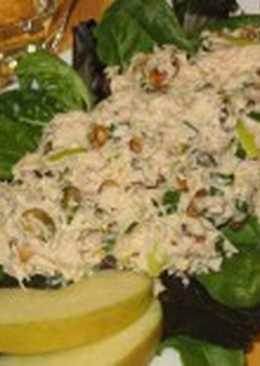 Салат-коктейль с курицей и яблоком «Новгородский»