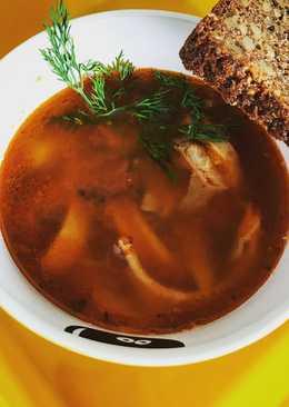 Томатный суп с кальмарами и беконом