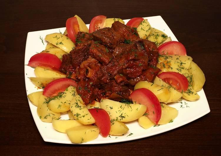 Ребрышки в соусе и картошка на пару - рецепт для праздничного стола