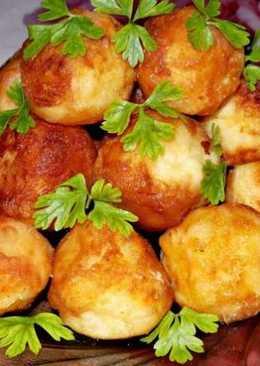 Картофельные шарики — интересное и необычное блюдо, которое может подаваться как самостоятельно, так и в качестве гарнира для блюд из мяса или рыбы