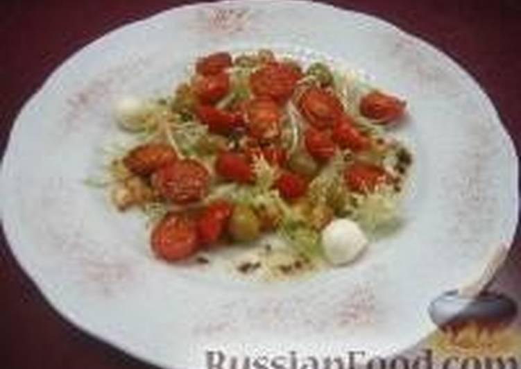 Салат с поджаренными помидорами