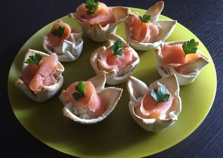 Корзиночки из хлеба с муссом из тунца по-итальянски
