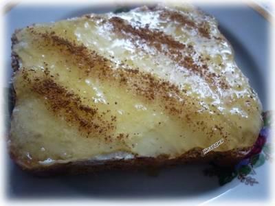 Бутерброд с маслом, мёдом и корицей #спас