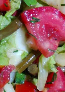 Овощной салат с черемшой