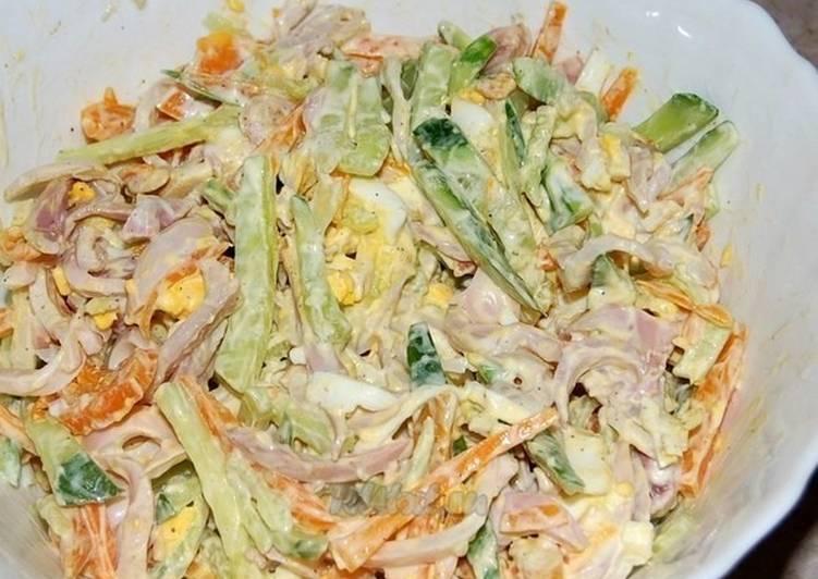 Салат с кальмарами и свежие огурцы 6