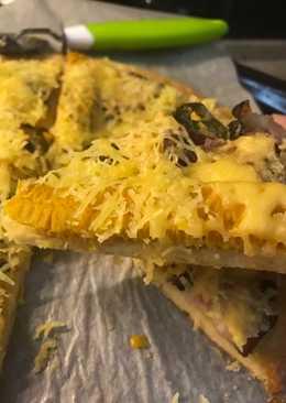 Пицца с беконом и кукурузой
