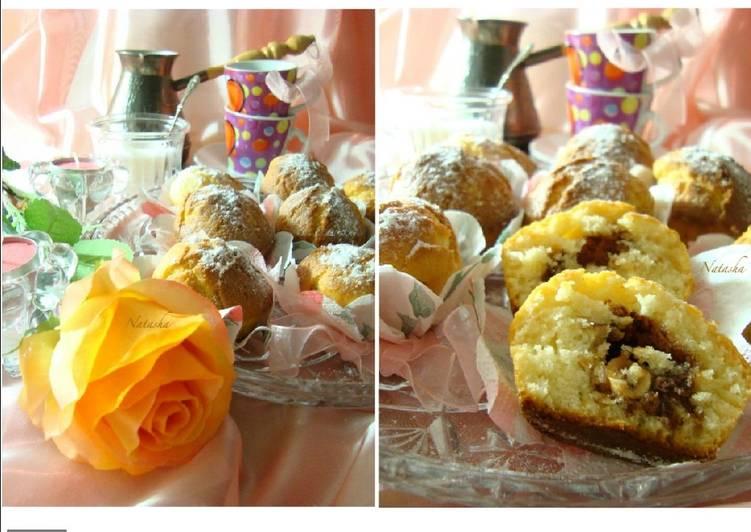 Апельсиново-ванильные кексы с шоколадными конфетами на йогурте