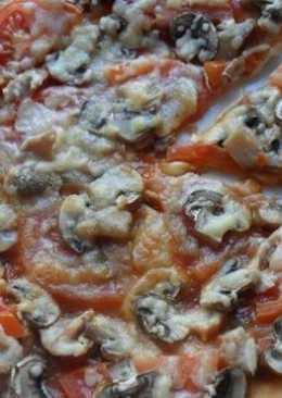 Диетическая пицца с курицей и грибами