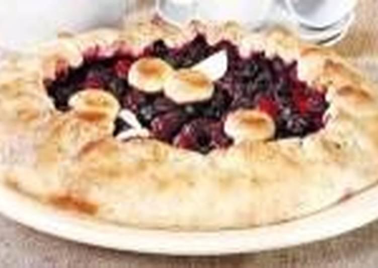 Пирог киевский с вишнями