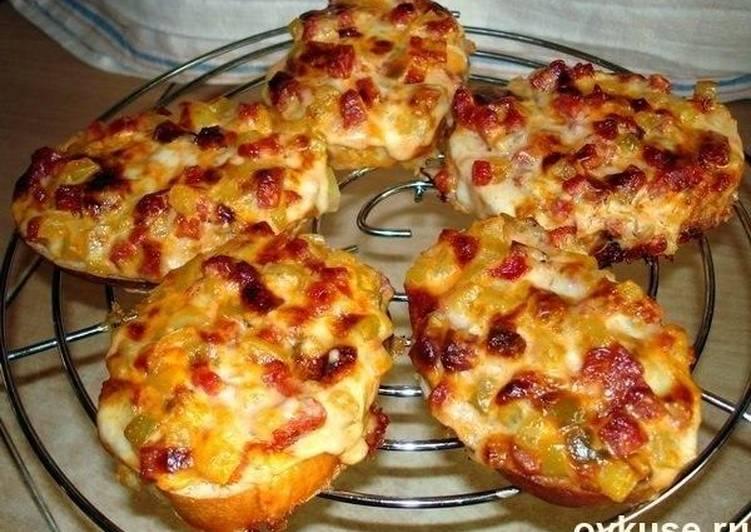 Пицца с батона на сковороде фото рецепт