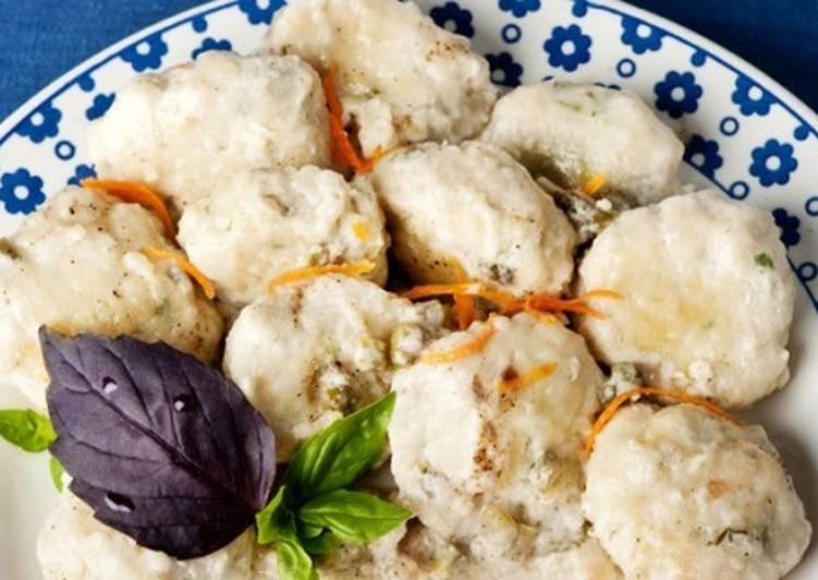 Рыбные фрикадельки по-польски в соусе