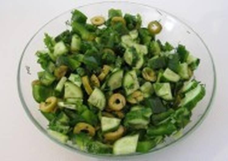 Легкий салат «Утро на болоте»