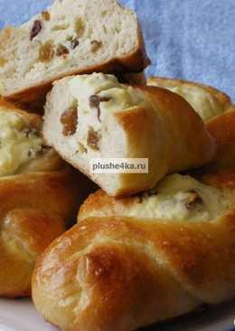 Пирожки с творогом и изюмом