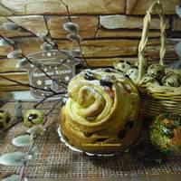 Кулич-краффин, не только красивый, но и очень вкусный, с вяленой клюквой, изюмом и цукатами