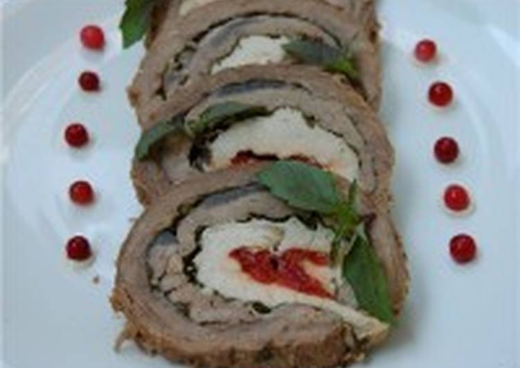 «Трио» - мясной рулет из трех видов мяса