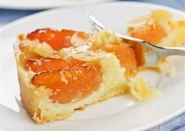 Абрикосовый пирог по-немецки «Штройзель»
