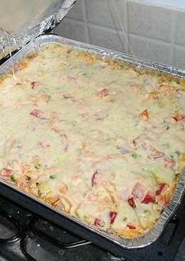 Свинина запеченная в духовке с картошкой, грибами и овощами