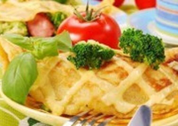 Французские блины с сыром камамбер в соусе