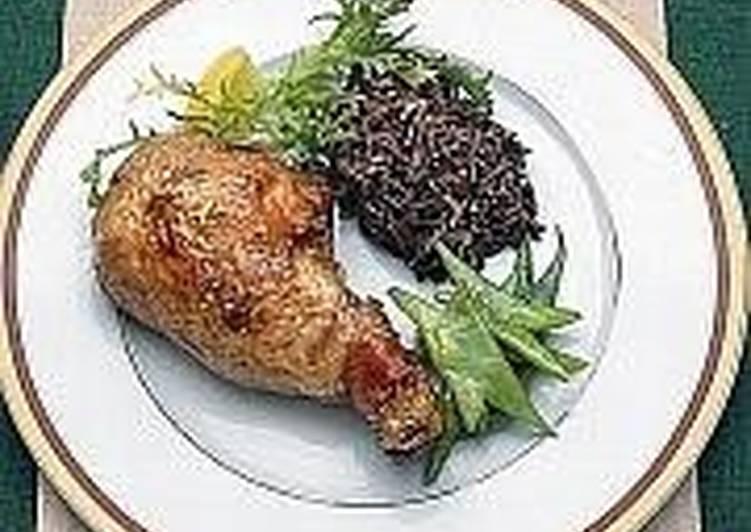 Куриный окорочок, фаршированный рисом и фисташками