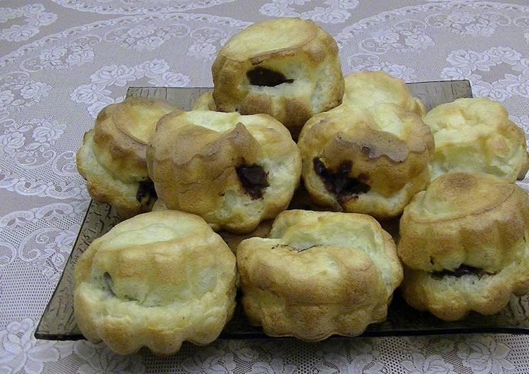 Выпрыгивающие булочки с шоколадной пастой