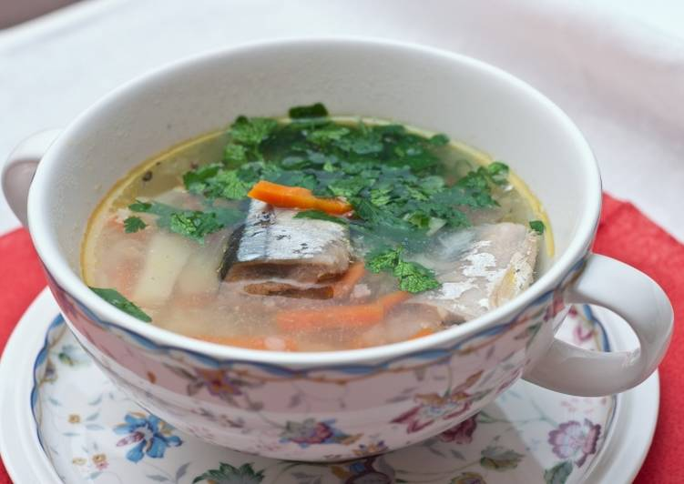 Суп из сайры (консервы) - рецепт