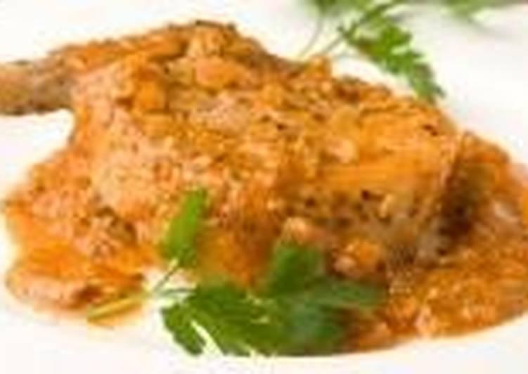 Натуральные свиные котлеты в томатном соусе