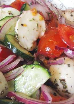 Овощной салат с прованскими травами