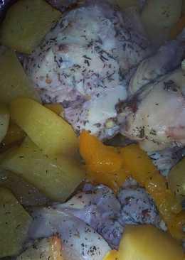 Курица с картофелем и перцем в рукаве