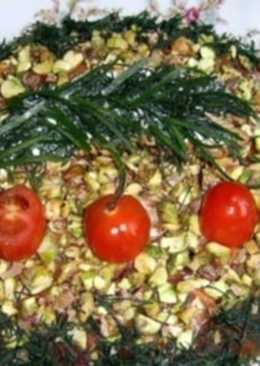 Новогодний салат с фисташками