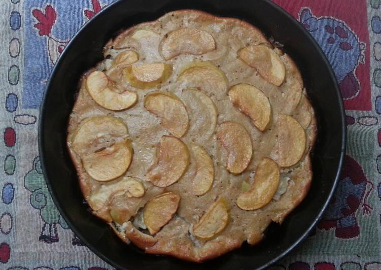 Яблочный пирог с йогуртом и овсяными хлопьями