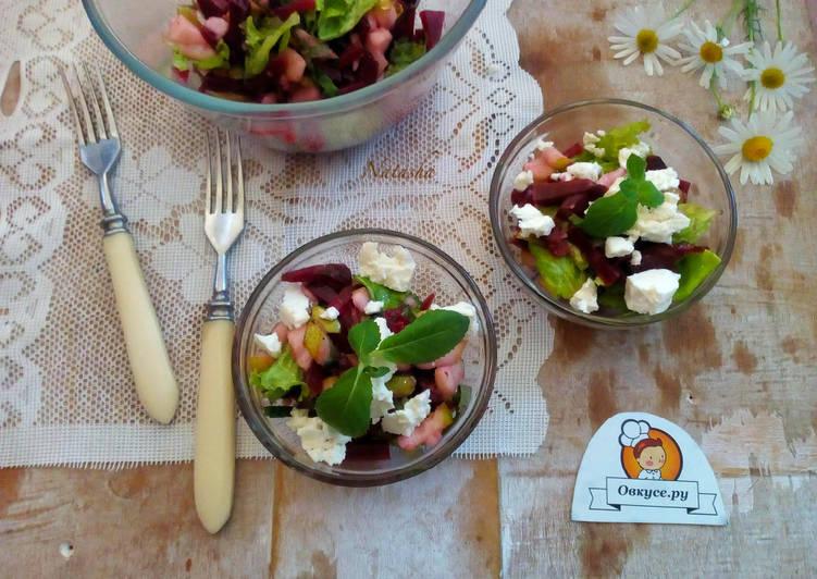 Салат из свёклы с грушей