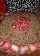 Бисквитный торт из готовых коржей