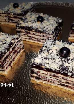 Песочные пирожные с шоколадно-ягодной начинкой