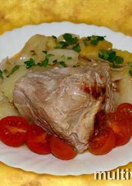 Окорок с капустой и картофелем