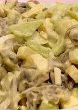 Грибной салат с яйцами, огурцами, плавленным сыром
