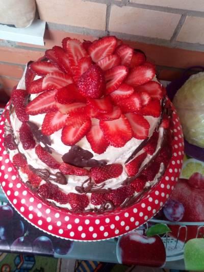 Торт клубничка