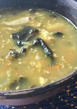 Суп с опятами и чечевицей