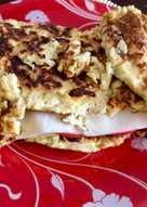 Овсяноблин с помидором и сыром