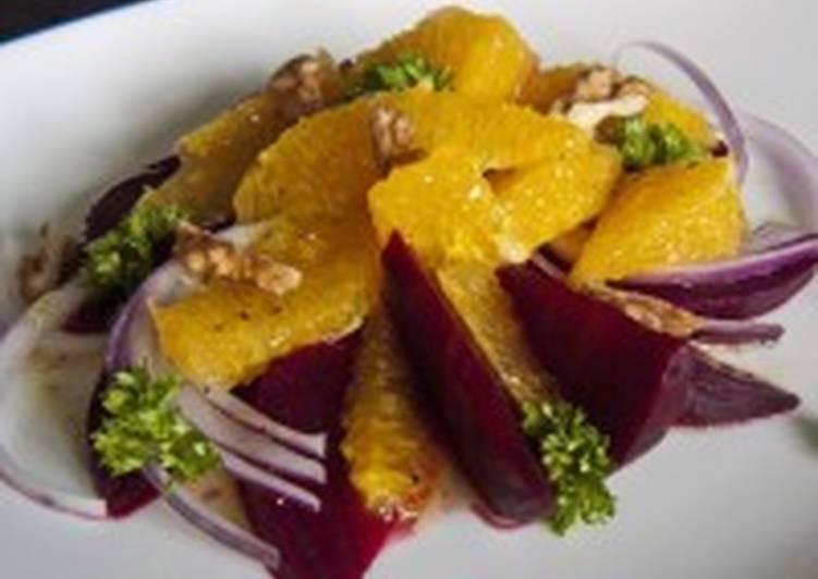 Постный салат со свеклой и апельсином