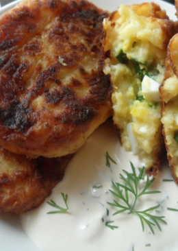 Картофельные котлеты с яйцом и зелёным луком