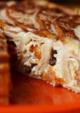 Блинный пирог с сухофруктами и грушей