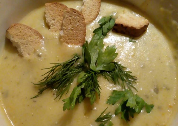 Суп пюре из плавленных сырков кабачков