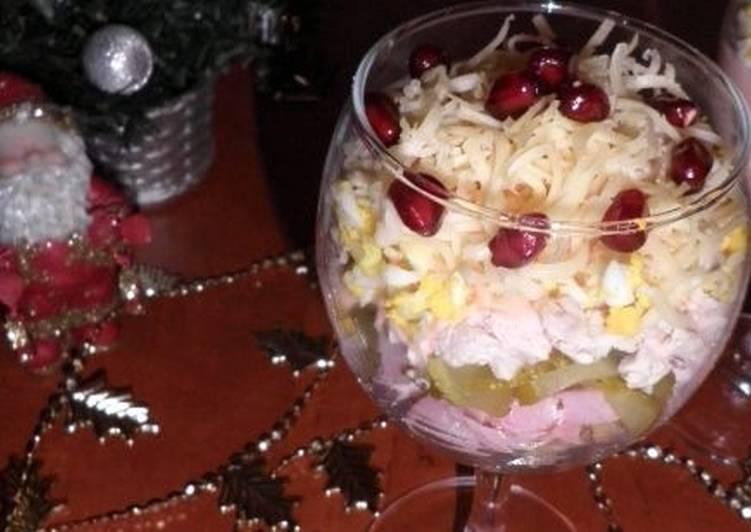 Салат с мясным ассорти «Новогодний каприз»