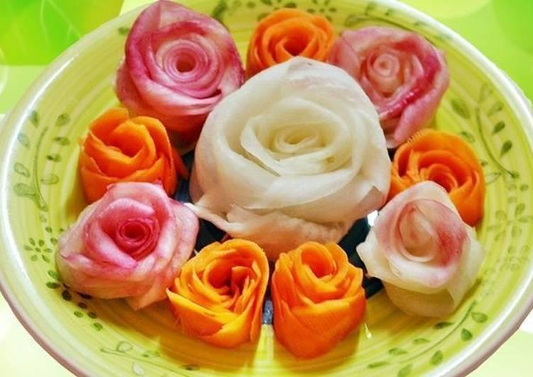 Украшения в виде розы из овощей для салатов и закусок